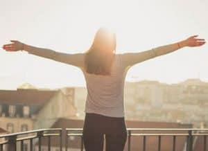 Sonne um Abwehrkräfte zu stärken und nicht krank zu werden