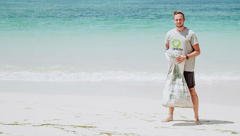 Christoph im Kampf gegen den Plastikmüll im Meer