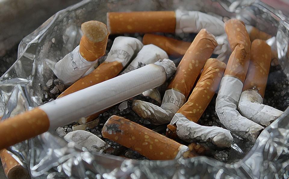 Zigaretten Umwelt - Zigarettenstummel in der Umwelt