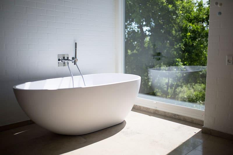 nat rlichen badreiniger selber machen so geht 39 s careelite. Black Bedroom Furniture Sets. Home Design Ideas