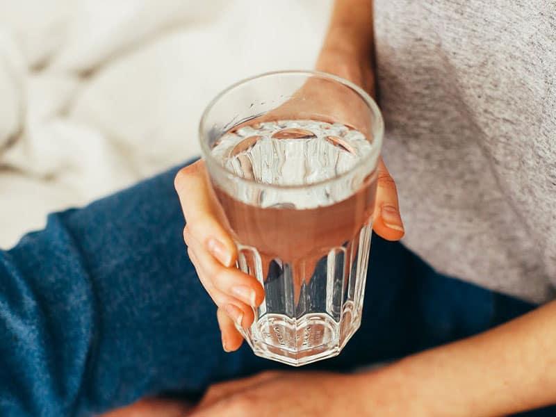 Was ist Wasserfasten Vorteile Erfahrungen Wie lange