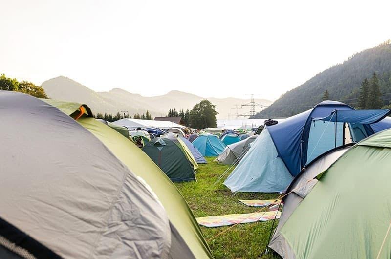 Zelte auf dem Zero Waste Festival