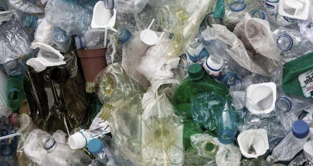 Zahlen und Daten über Plastikmüll durch Verbrauch
