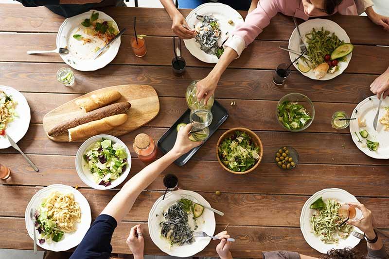 Gemeinsam kochen in der Familie
