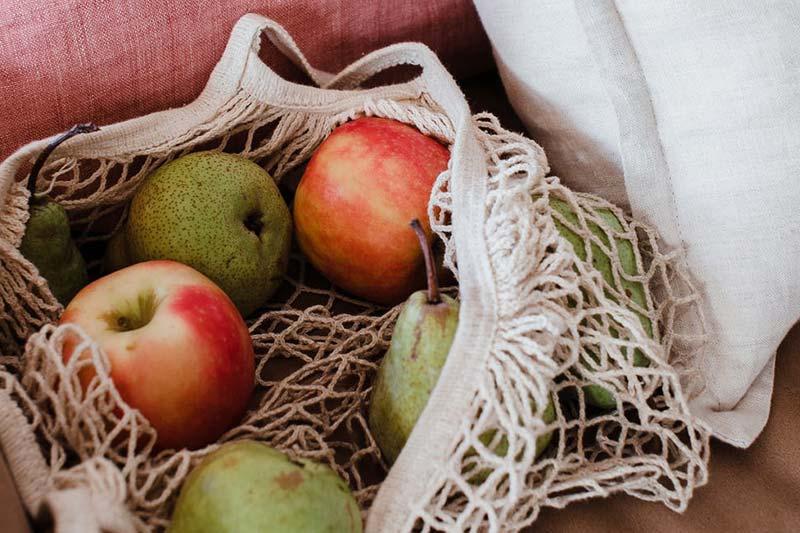 Äpfel plastikfrei im Gemüsenetz