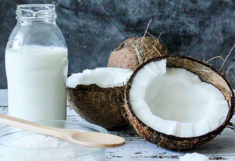 Kokosmilch als veganer Milchersatz