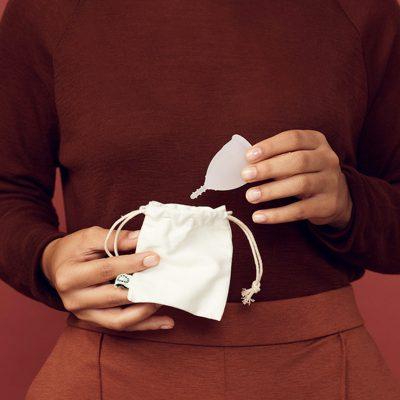 Nachhaltige Menstruationstasse online kaufen