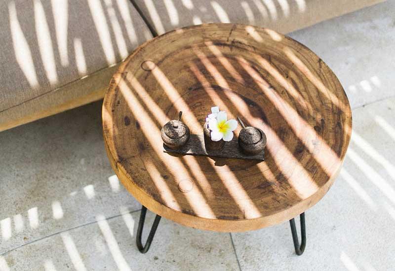 Upcycling Tisch aus Holz und Metall
