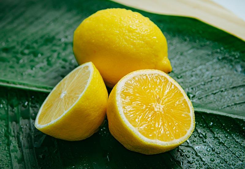 Zitrone als Hausmittel gegen Nagelpilz
